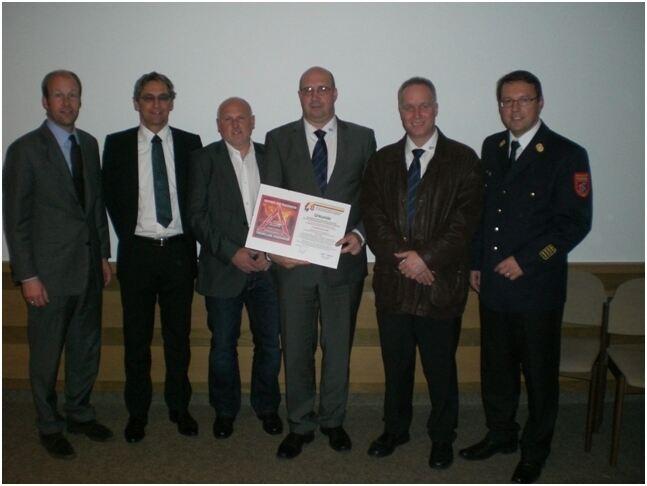 Erhardt Leimer Ist Partner Der Feuerwehr Augsburg B4b