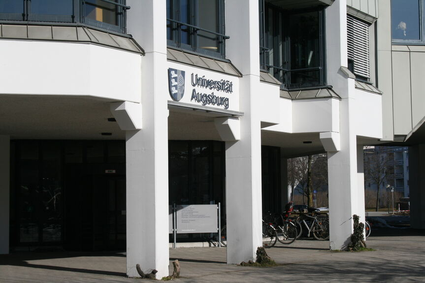 studenten erleben theater augsburg b4b schwaben. Black Bedroom Furniture Sets. Home Design Ideas