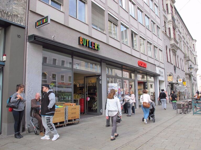 Butlers schlie t standorte augsburger filiale bleibt for Butlers gmbh co kg