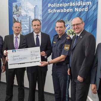 Raiffeisen Volksbank Augsburg Berzeugt Focus Money