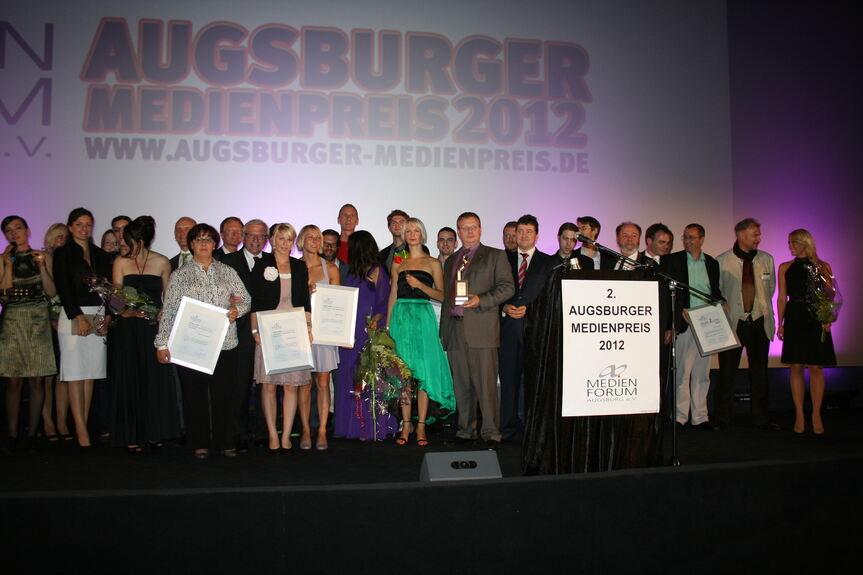 Medienpreis Wer Bringt Augsburg In Die Welt Augsburg B4b Schwaben