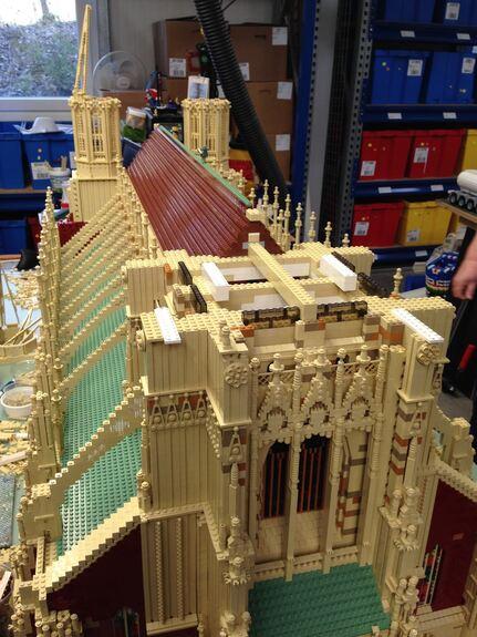 Ulmer Münster endlich fertiggestellt - aus LEGO - Günzburg ...