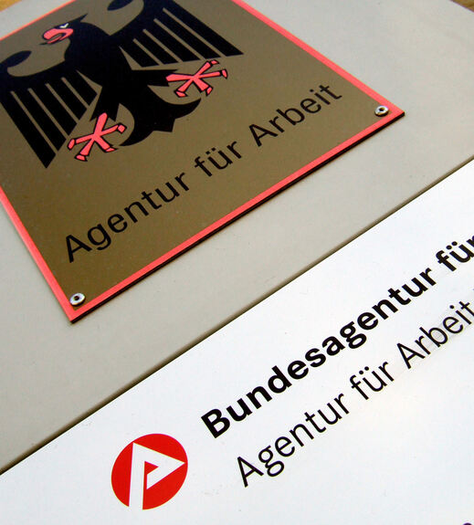 arbeitslosigkeit r ckl ufig in augsburg stadt und land augsburg b4b schwaben. Black Bedroom Furniture Sets. Home Design Ideas
