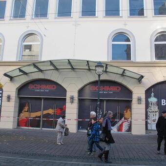 ende november ist es soweit schuh schmid er ffnet m2 gro e filiale in augsburg augsburg. Black Bedroom Furniture Sets. Home Design Ideas