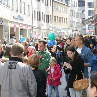 Weltbild Plant Comeback In Der Augsburger Innenstadt