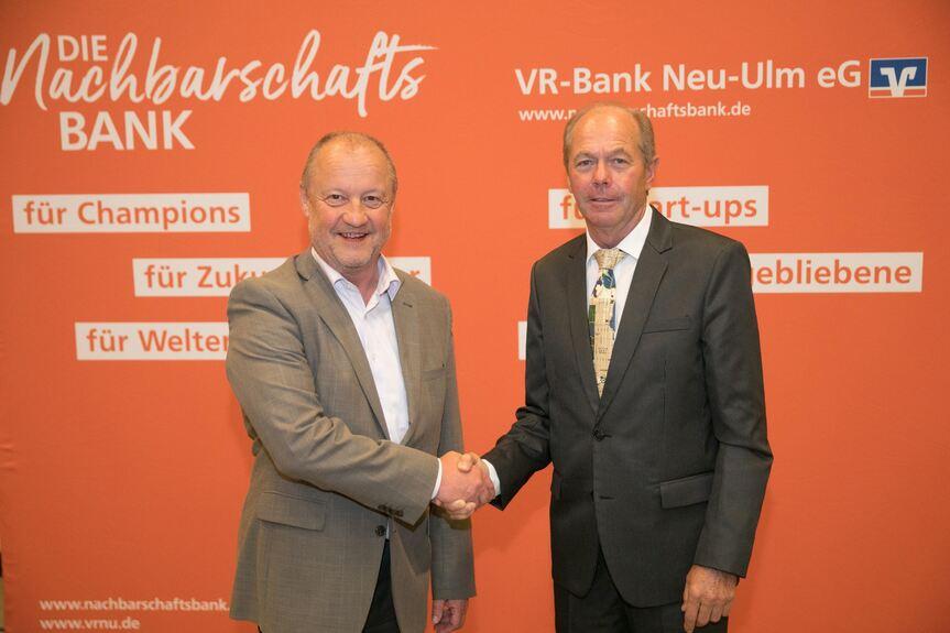 Fusion Von Vr Bank Neu Ulm Und Raiffeisenbank Holzheim Perfekt Neu