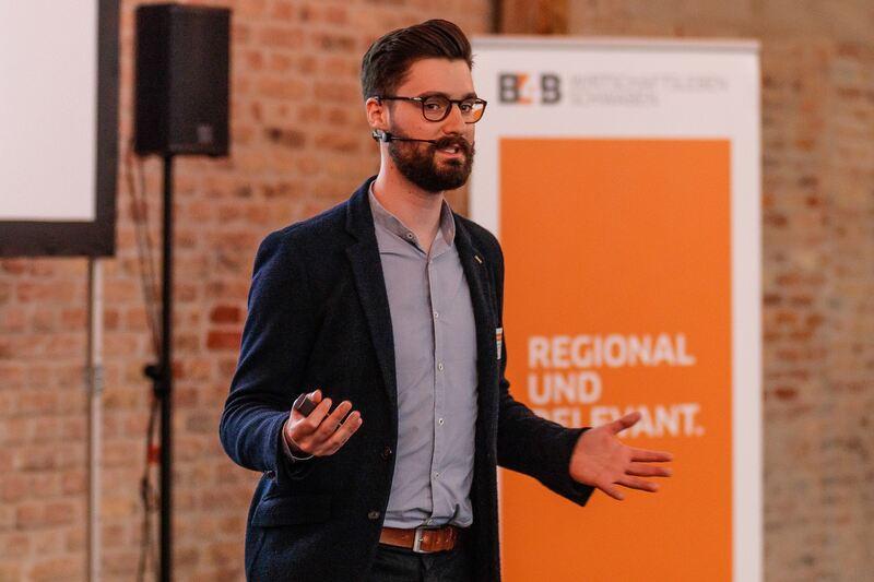 """Stefan Hofbauer: """"T"""" wie Transformation im Unternehmen - Digitales Marketing - B4B Schwaben"""