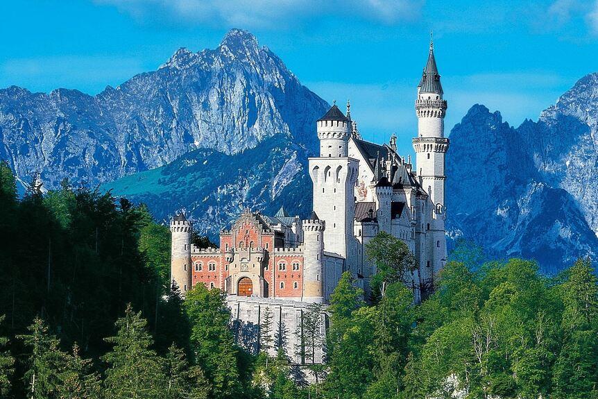 Schloss Neuschwanstein Wird Für über 20 Millionen Euro